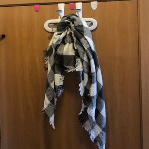 Urban Outfitters grey and white blanket scarf
